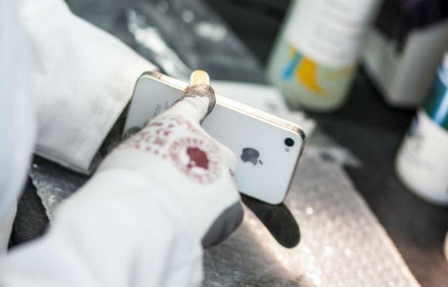 30 opérations sont nécessaires pour nettoyer, contrôler, voire réparer les futurs mobiles reconditionnés.