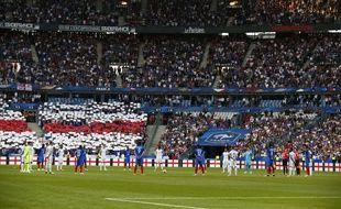 Une minute de silence a été observée avant le match amical France-Angleterre du 13 juin 2017, pour les victimes des attentats des dernières semaines sur le sol britannique.