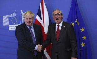 Boris Johnson et Jean-Claude Juncker, ce jeudi, à Bruxelles.
