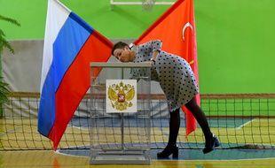 Les urnes sont en place, ici à Saint-Petersbourg.