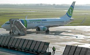 La compagnie Transavia, filiale d'Air France-KLM, a ouvert ses premiers vols réguliers en avril à Lille-Lesquin.
