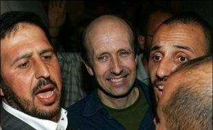 Le journaliste britannique de la BBC, Alan Johnston, qui avait été enlevé le 12 mars à Gaza, a été libéré dans la nuit de mardi à mercredi après avoir passé près de quatre mois en captivité.