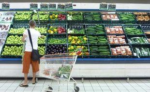 L'inflation, c'est-à-dire la hausse des prix sur une période de douze mois, a atteint 0,7% en novembre après 0,6% en octobre, a annoncé jeudi l'Institut national de la statistique et des études économiques (Insee).