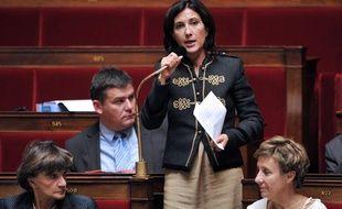 La députée socialiste Sandrine Mazetier, l'une des signataires de l'audit parlementaire sur la politique d'immigration française rendu public le 11 mai 2011, s'exprime ici le 29 septembre 2010 à l'Assemblée nationale.