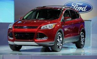 Face à un risque de fuite d'essence susceptible de provoquer un incendie, Ford a instamment prié jeudi ses clients de cesser immédiatement de conduire 11.000 de ses voitures dernier modèle, manifestement soucieux de réagir avant qu'un drame ne survienne.