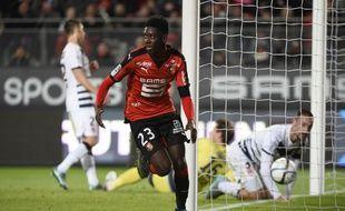 Première titularisation en L1 et premier but pour Ousmane Dembélé avec Rennes contre Bordeaux.
