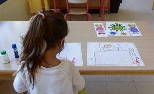 Une élève de maternelle (image d'illustration).
