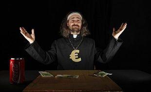 Lille, le 24 janvier 2014. Alessandro Di Giuseppe, leader charismatique de l'Eglise de la très sainte consommation, se présente aux élections municipales de mars 2014 à Lille.