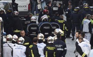 Après l'opération à Saint-Denis, le 18 novembre 2015.