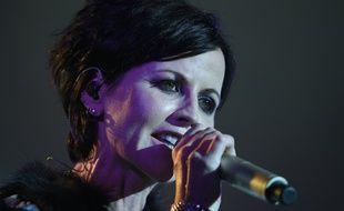 Dolores O'Riordan en concert à Cognac en juillet 2016.