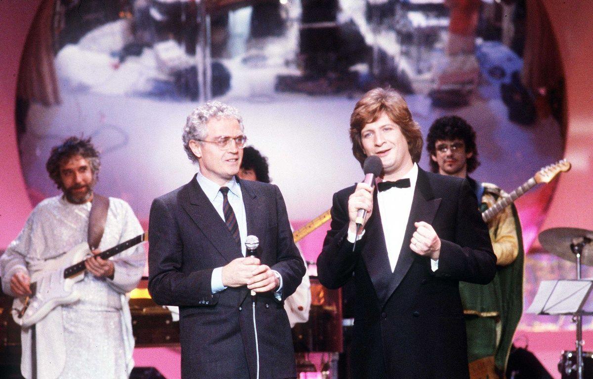 Lionel Jospin dans l'émission Carnaval de Patrick Sébastien en 1984. –  BENAROCH/SIPA