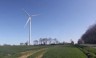 Une éolienne, ici à Plémet, dans les Côtes d'Armor.