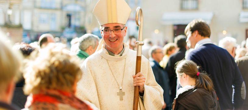 Laurent Percerou, ancien évêque de Moulins, est nommé évêque de Nantes.