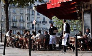 Une terrasse parisienne en octobre 2016 (photo d'illustration)