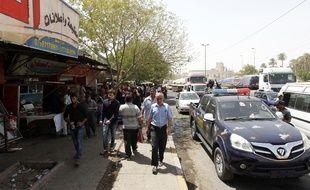 Un attentat suicide revendiqué par l'EI a fait au moins 8 morts et 30 blessés à Bagdad le