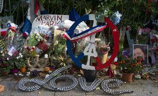 Hommages aux victimes de l'attentat du Bataclan. Boulevard Voltaire, Paris, FRANCE.