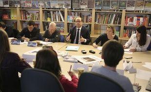 François Hollande à la rédaction de «Mon Quotidien» et de de «L'Actu».