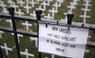 Le Covid est responsable de plus de morts que comptabilisés dans une vingtaine de pays, selon une étude (illustration)