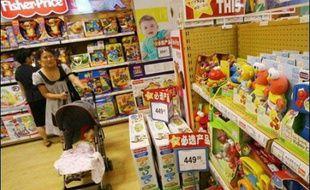 Un groupe de défense des travailleurs chinois a dénoncé mardi les conditions de travail dans les usines fabriquant les jouets des grandes marques internationales, renvoyant sur celles-ci la responsabilité des défauts des produits Made in China.