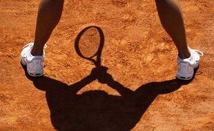 La joueuse chinoise Li Na, en position d'attente lors de son match contre Maria Sharapova, le 2 juin 2011 à Roland-Garros.