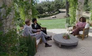 Le prince Harry et son épouse, Meghan Markle, interviewés par la présentatrice Oprah Winfrey