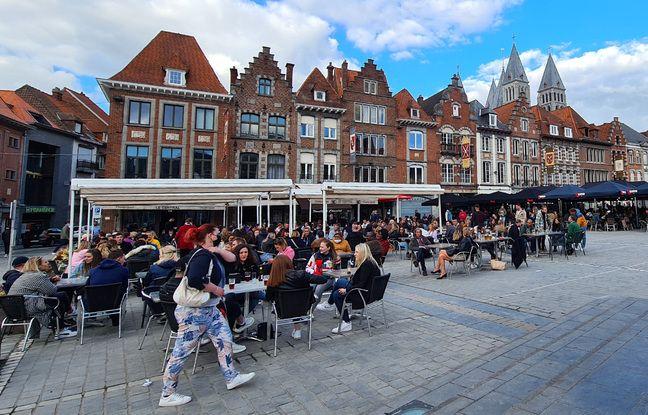 A Tournai, en Belgique, bars et restos ont pu agrandir leurs terrasses/