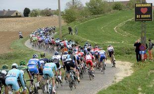 Le peloton du Tour des Flandres, le 6 avril 2014, en Belgique.