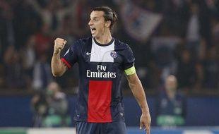 Le joueur du PSG, Zlatan Ibrahimovic, lors d'un match de Ligue des champions contre Benfica, el 2 octobre 2013 à Paris.