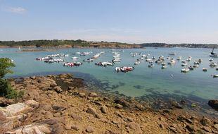 Vue de l'anse de Port Manec'h dans le Finistère.