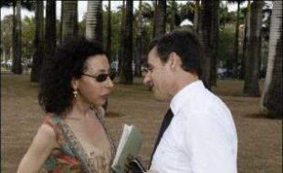 C'est un des livres les plus attendus de la rentrée, mais aussi le plus inattendu: un portrait subtil, rosse et affectueux de Nicolas Sarkozy par une star de la scène parisienne, Yasmina Reza qui, cahier en mains, a suivi sa campagne de A à Z.