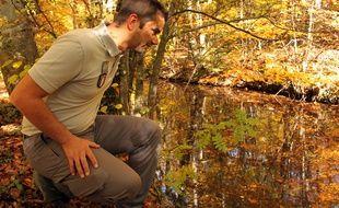Yannick Pognart, inspecteur de l'environnement à l'Onema, à Gap le 23 octobre 2015.
