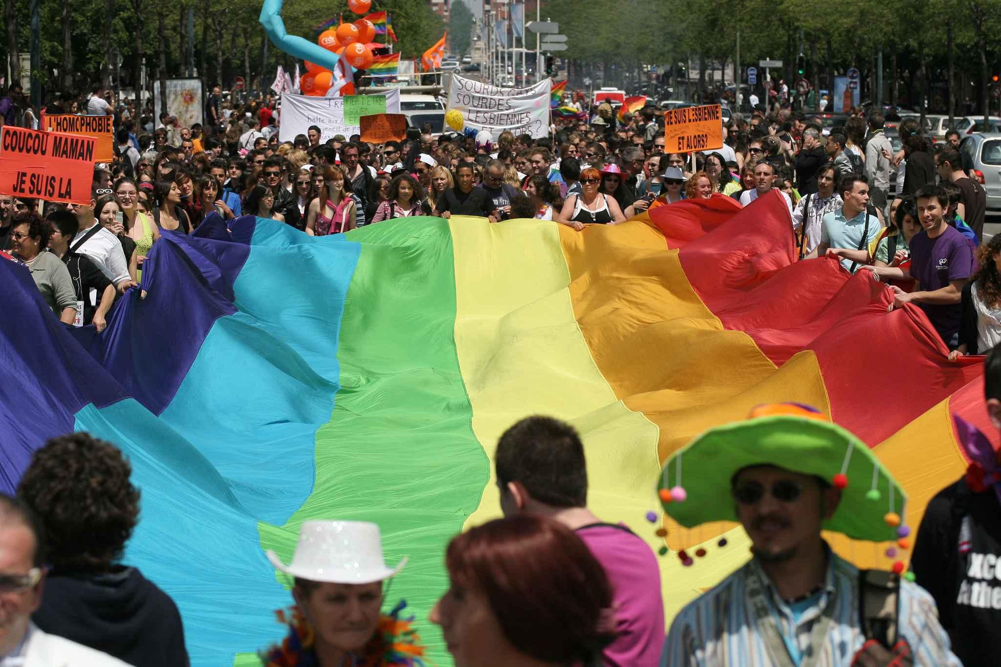 lyon gay rencontre à Le Cannet