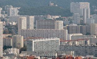Vue générale de la ville de Marseille depuis notre dame de la garde