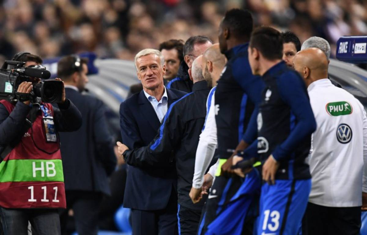 Didier Deschamps lors de France-Biélorussie, le 10 octobre 2017 au Stade de France.  – FRANCK FIFE / AFP