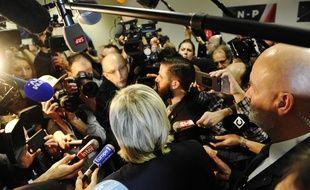 Les journalistes pendant le congres de refondation du Front National