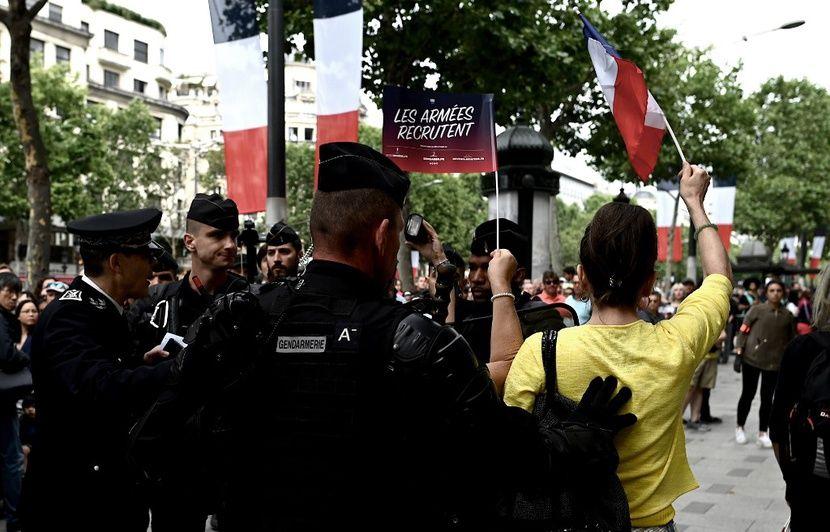 «Gilets jaunes» : Ce que l'on sait du commissariat où des manifestants ont été emmenés pour des contrôles