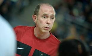 Bertrand François, le coach des filles du club de handball de Metz.