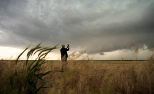 Un chasseur de tornades en pleine action au Texas.