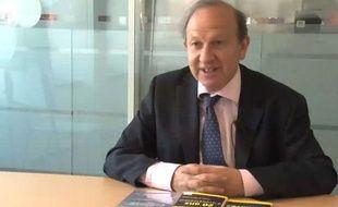 Henry Sterdyniak, économiste à l'OFCE et membre des économistes atterrés, dans les locaux de 20 Minutes le 9 mai 2011
