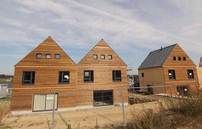 Les maisons en autoconstruction de Saint-Médard-sur-Ille sont portées par le bailleur social Néotoa et les Compagnons Bâtisseurs.