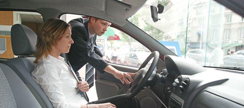 Etape primordiale pour tout jeune conducteur, essayer et comparer les véhicules avant de se décider.