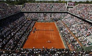 Le court central de Roland-Garros le 4 juin 2013.