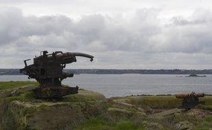 L'île de Cézembre, ici en 2017 en amont d'une opération de déminage menée par le conservatoire du littoral.