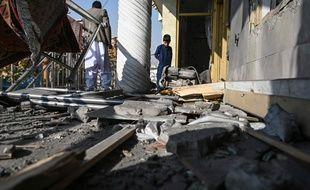 Des dégâts causés par une série d'explosions samedi 21 novembre 2020 dans le centre de Kaboul, en Afghanistan.