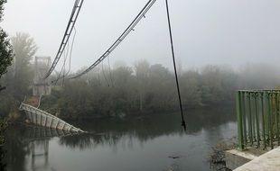 Le pont effondré de Mirepoix-su-Tarn, en Haute-Garonne.