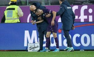 Franck RIbéry blessé à la cheville après un tacle lors de Fiorentina-Lecce, le 30 novembre 2019.