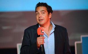 Le journaliste Patrick Cohen à la Maison de la radio le 28 août 2013 à Paris