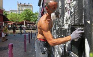Marseille, le 10 juillet 2015n début du Street Art Festival sur le cours Julien.