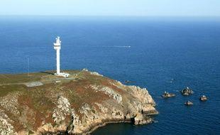 Le Centre régional opérationnel de surveillance et de sauvetage (CROSS) de Corsen (Finistère) a été alerté à 7h30