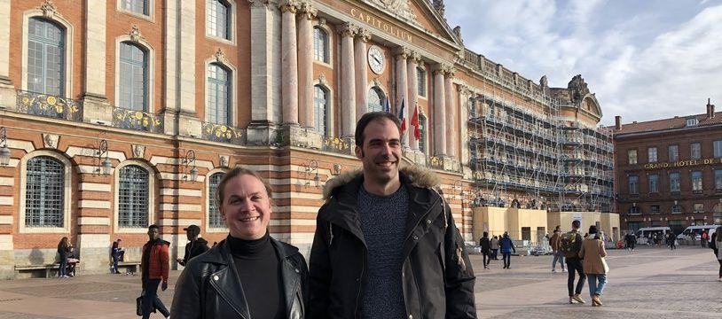La tête de liste de Toulouse anticapitaliste, Pauline Salingue, et son colistier Nicolas Mousset, du NPA.